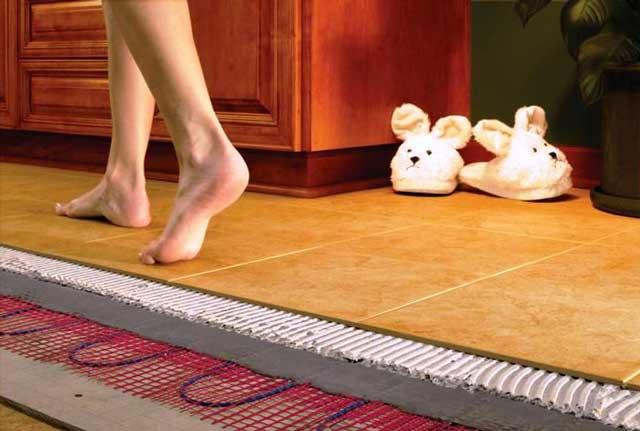 Электрический тёплый пол можно устанавливать под напольные покрытия любого типа